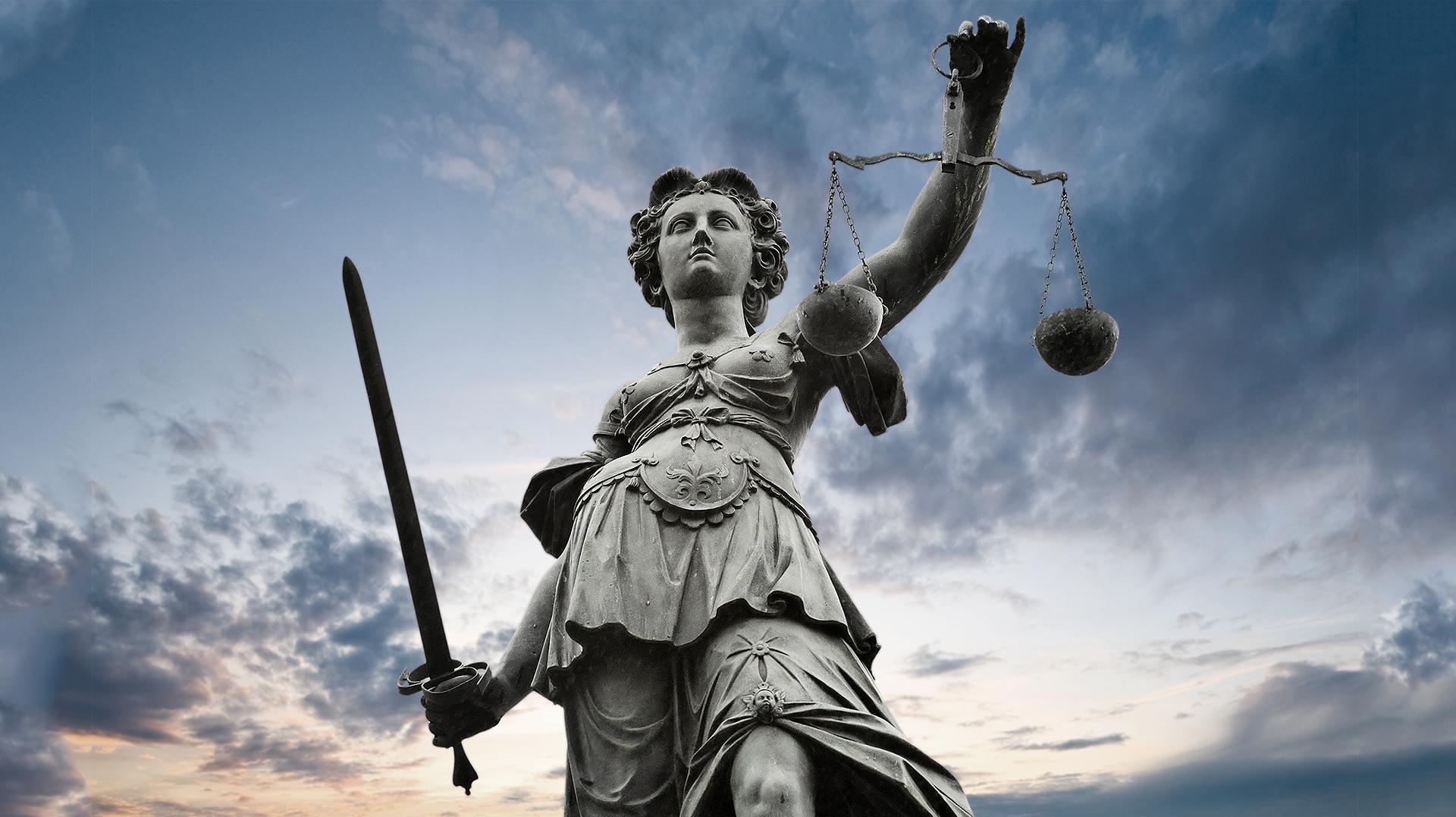 Servicios de Asesoramiento Jurídico y Económico
